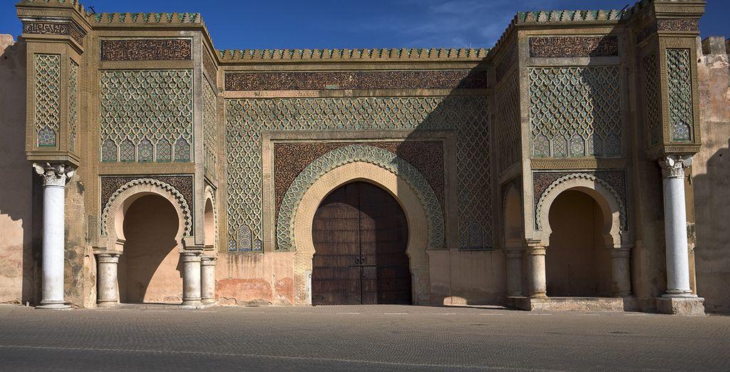 Vous effectuerez un arrêt photos devant l'une des plus belles portes de Meknès