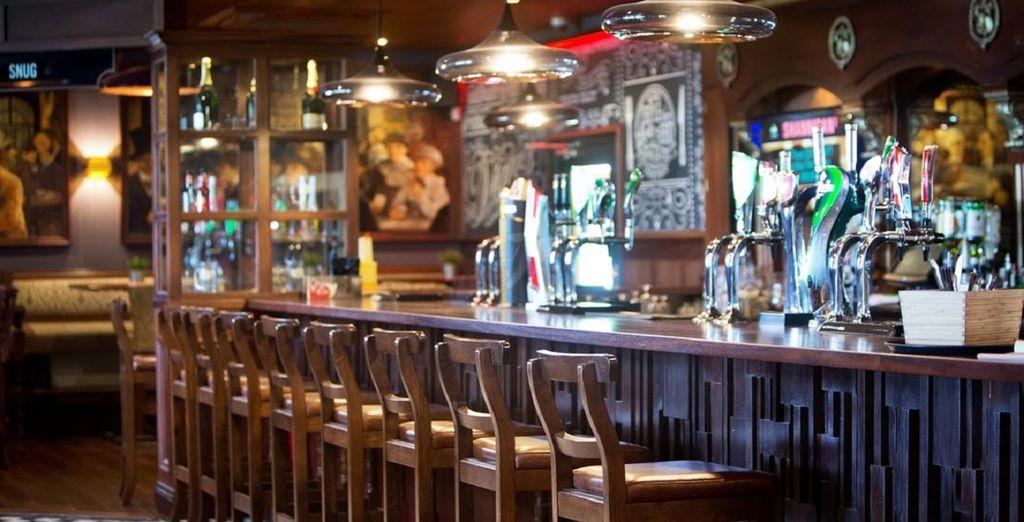 Hôtel haut de gamme avec bar