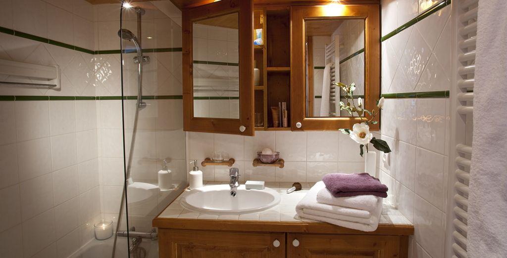 Profitez d'une salle de bains élégante