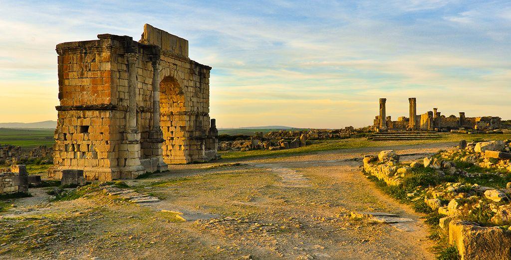 Vous passerez également par les surprenantes ruines romaines de Volubilis