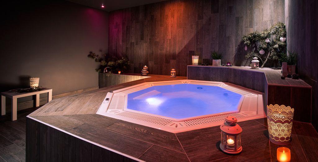 Ou allez faire un tour dans le bain à remous pour un moment de pur bonheur