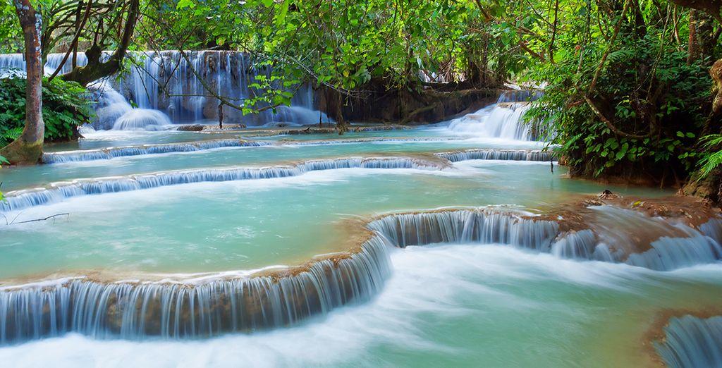 Les cascades de  Kuang Si, parmi les plus belles cascades du Laos