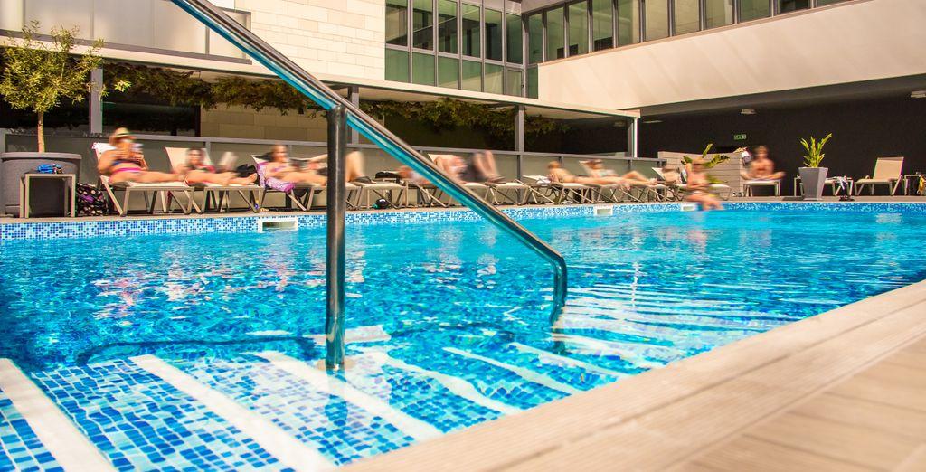 Ou au bord de la piscine !