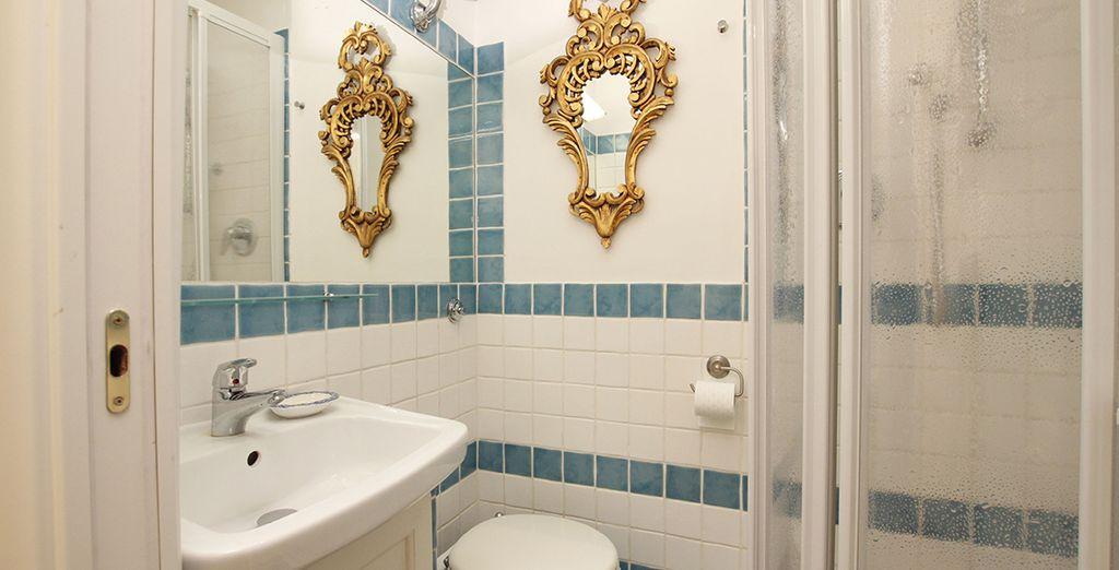 La première salle de bains