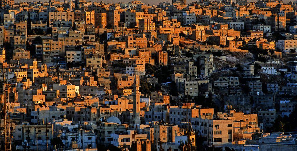 Vous commencerez votre voyage à Amman - Escapade Jordanienne en 5 jours / 4 nuits ou Circuit Image de Jordanie en 8 jours / 7 nuits Amman