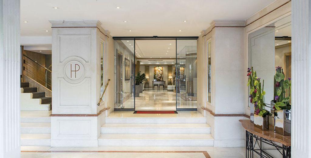 Le Boscolo B4 Plaza vous ouvre ses portes