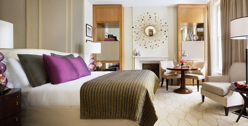 Hôtel de luxe tout confort avec chambre double, spa et espace détente à disposition, au centre de la capitale Anglaise