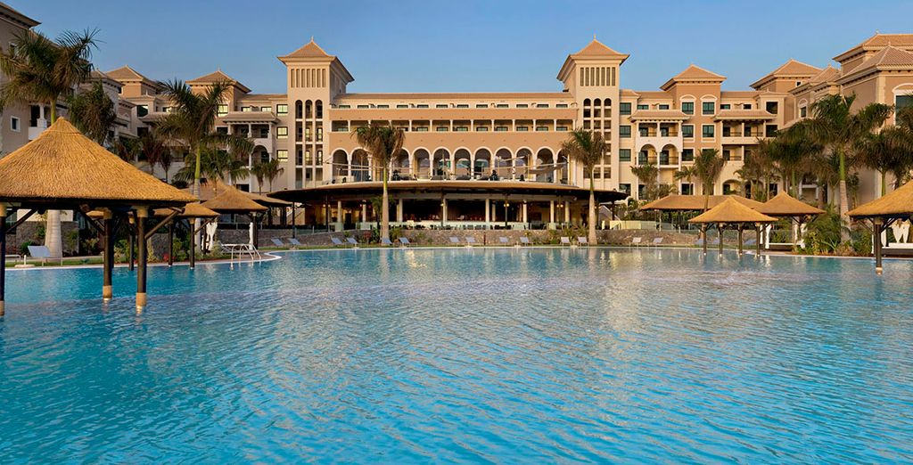 Installez-vous au Gran Melia Palacio de Isora à Tenerife - Hôtel Gran Melia Palacio de Isora 5* Santa Cruz de Tenerife