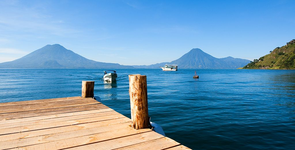 Le lac volcanique d'Atitlan