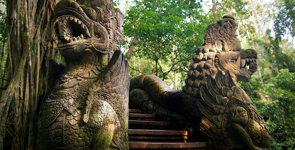 Près de la forêt des singes d'Ubud, entre temples...