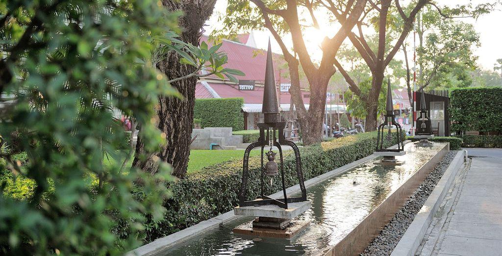 Vous arrivez à Phuket, où un établissement de luxe vous attend...