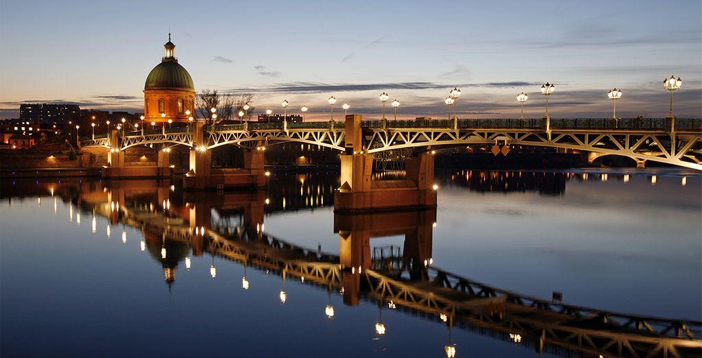 Que diriez-vous de découvrir la poétique ville rose ? - Coutyard by Marriott Toulouse Airport 4* Toulouse