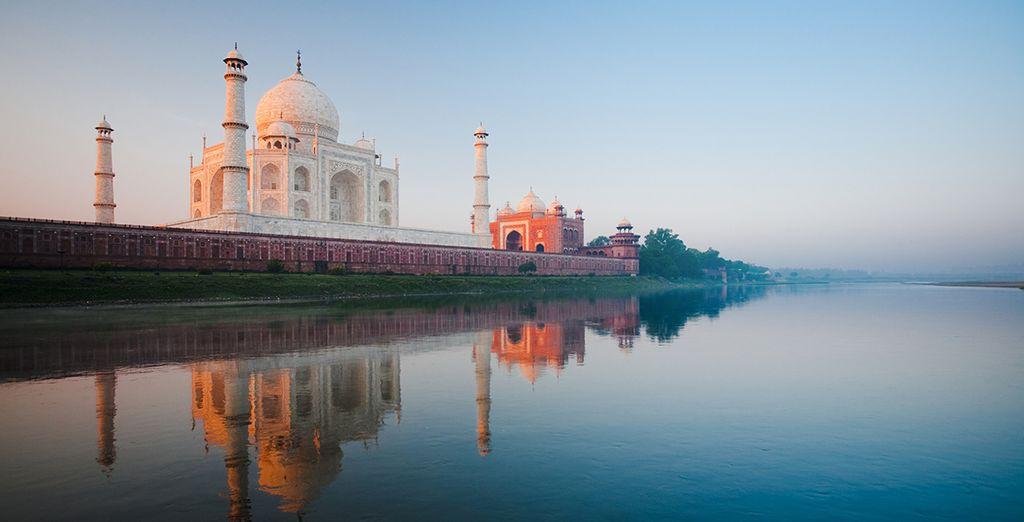 Qui abrite le majestueux Taj Mahal
