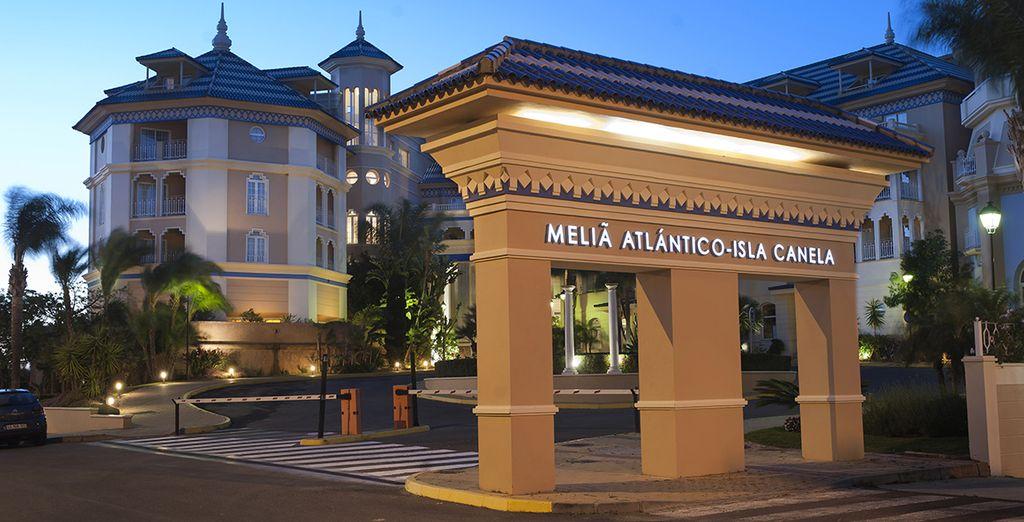 Ce bel établissement vous ouvre ses portes pour de sublimes vacances andalouses