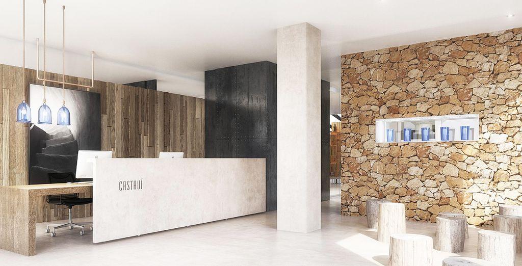 Bienvenue à l'Apartamentos Castavi 4*