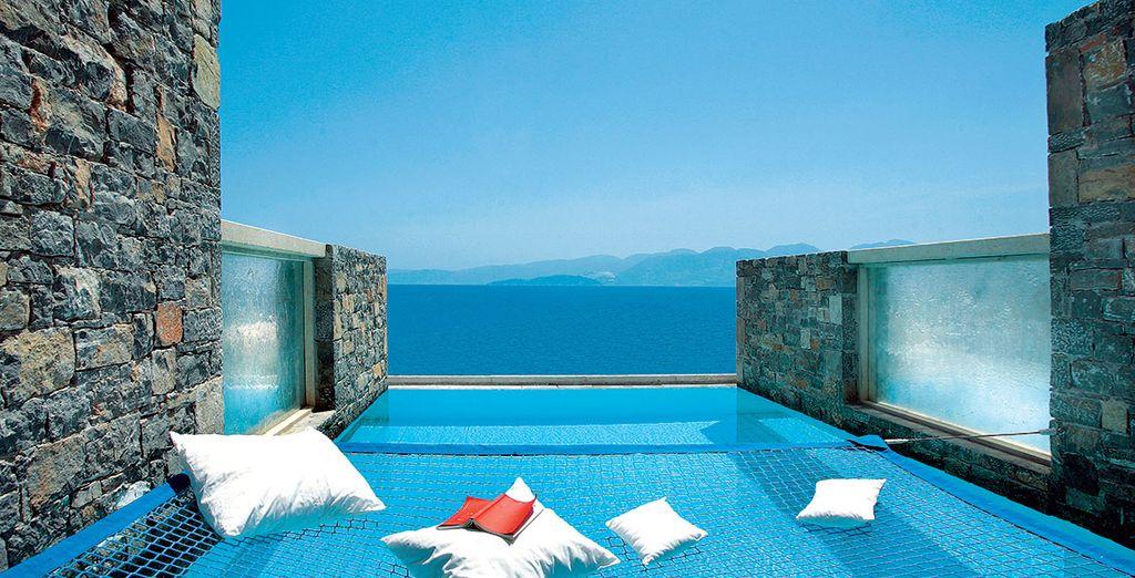 hotel chambre piscine priv e crete id es d 39 images la maison. Black Bedroom Furniture Sets. Home Design Ideas