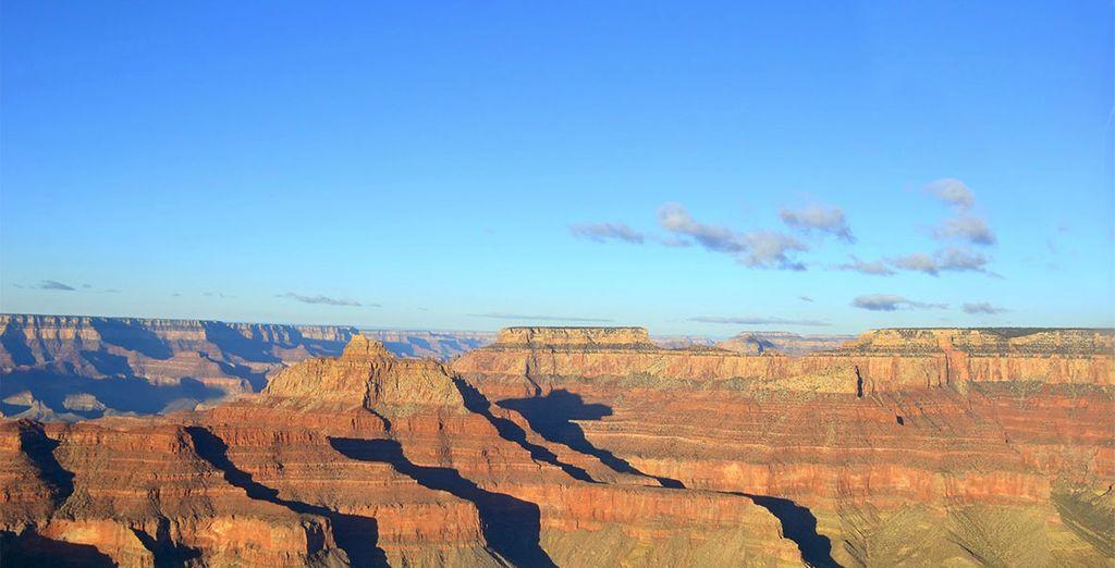Vous prendrez ensuite la route de l'Arizona pour découvrir le Grand Canyon