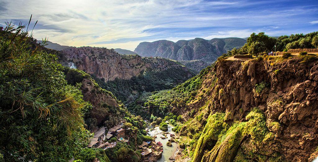 Fotografia di una valle marocchina e dei suoi maestosi paesaggi naturali
