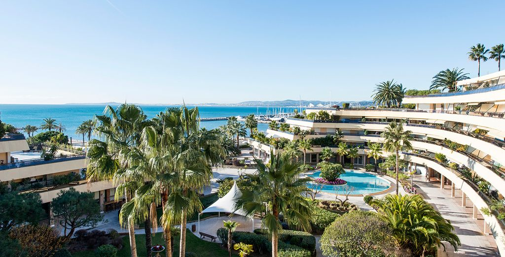 Holiday Inn Nice - Saint Laurent du Var 4*