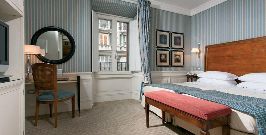 nella camera superior i decori ricordano l'elegante passato di Roma