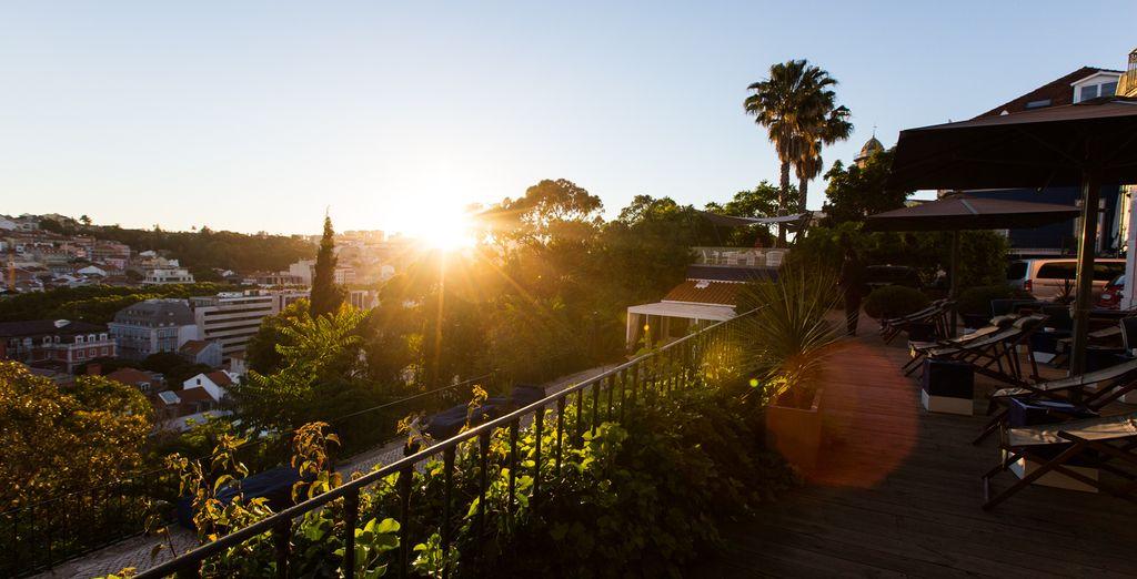 Godetevi un tramonto meraviglioso che farà da cornice ad una vacanza da sogno.