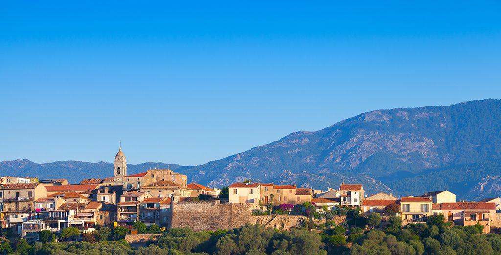 Fotografia della città di Porto Vecchio in Corsica