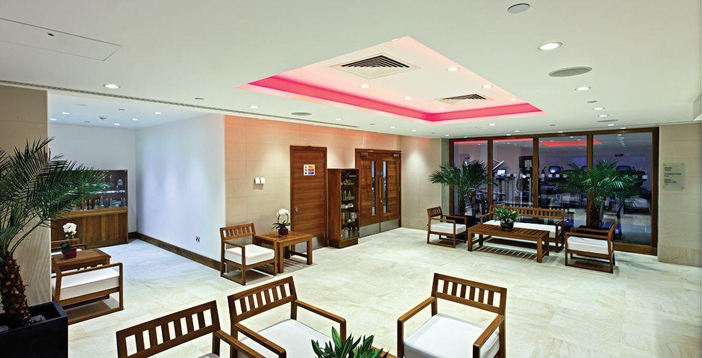 Il moderno Grange Tower Bridge Hotel 5* è pronto ad accogliervi
