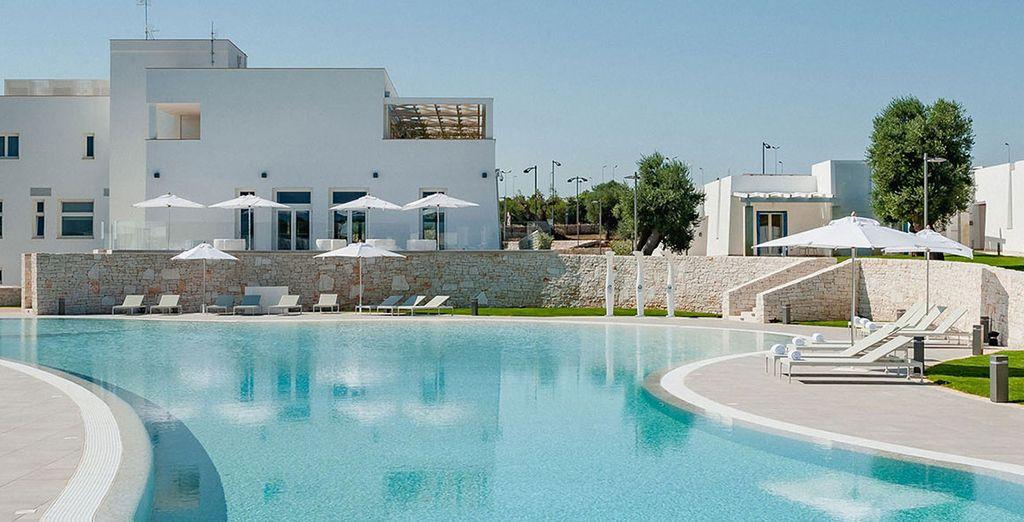 Hotel a 4 stelle di alta gamma con ogni comfort, piscina esterna riscaldata e zona relax