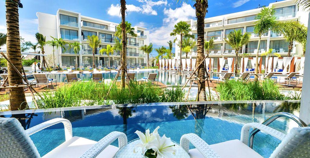 Che vanta un accesso diretto dal vostro balcone a una piscina semi-privata
