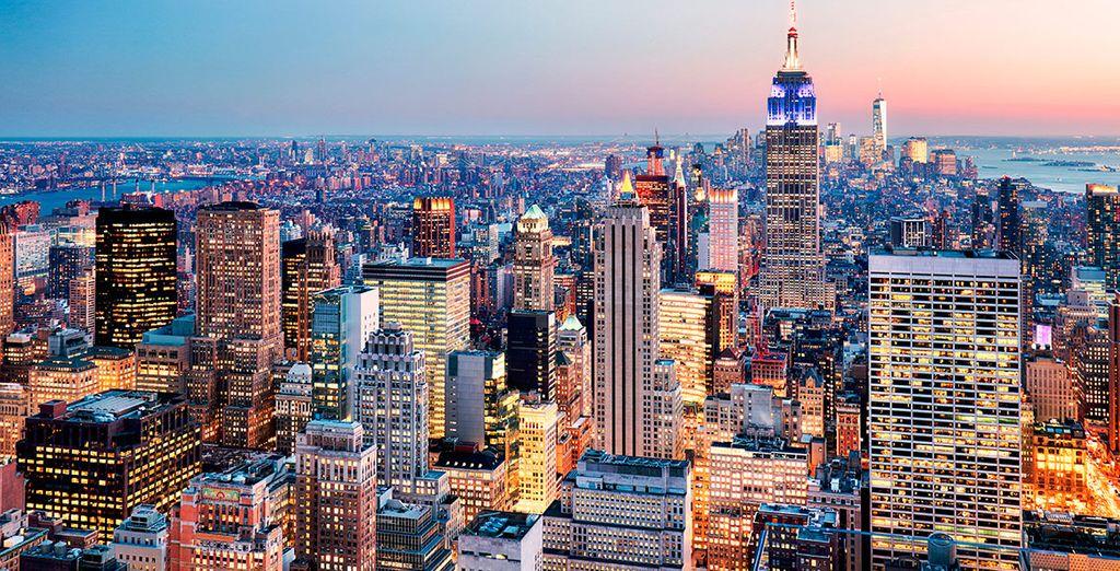 Prima tappa del vostro incredibile soggiorno è la splendida New York, nel cuore di Midtown a pochi passi dall'Empire State Building