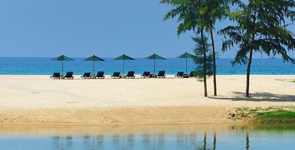 Vi sposterete poi verso il vostro esclusivo Beach Resort 5* a Phuket