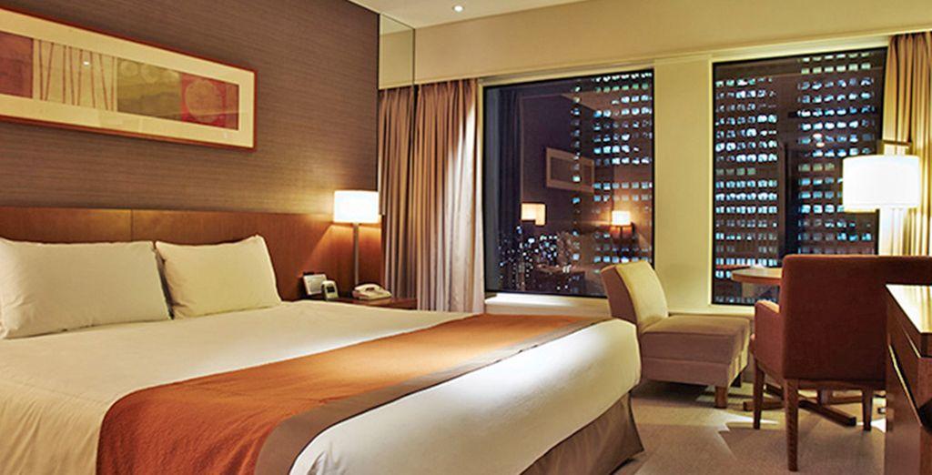 Hotel di lusso con tutti i comfort, camera doppia e vista panoramica della città