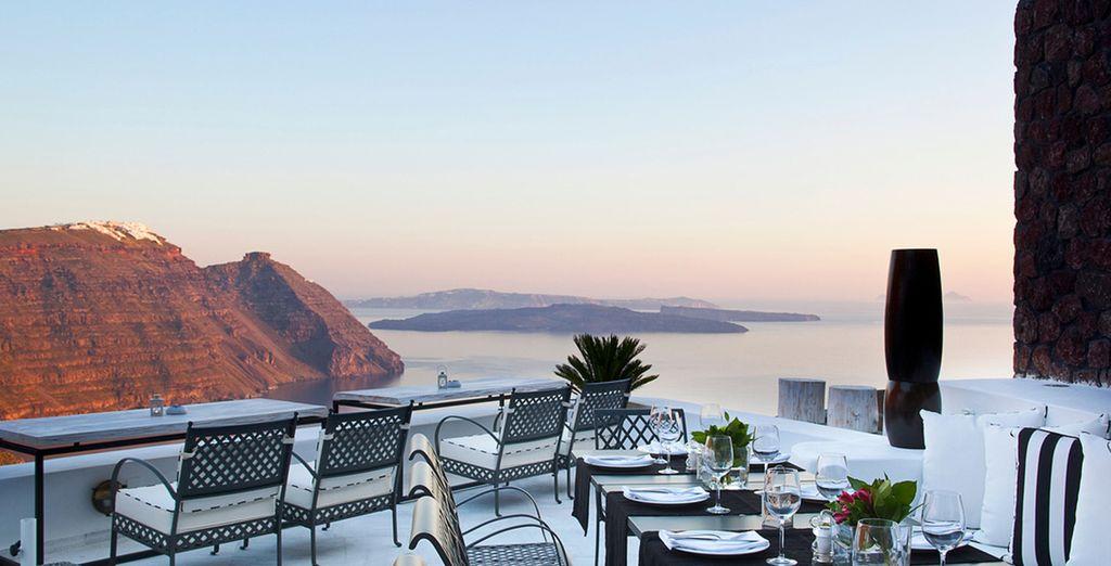 Per ammirare lo splendido tramonto di Santorini