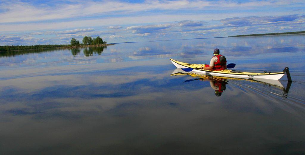 Partite in canoa alla scoperta del tranquillo lago di Jokijärvi