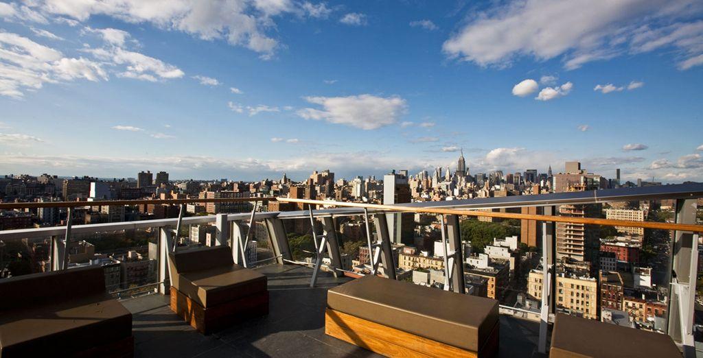 Godetevi lo spettacolare panorama della città dalla terrazza