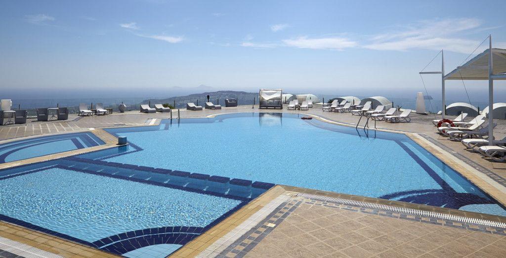 Orizontes Hotel & Villas 4*
