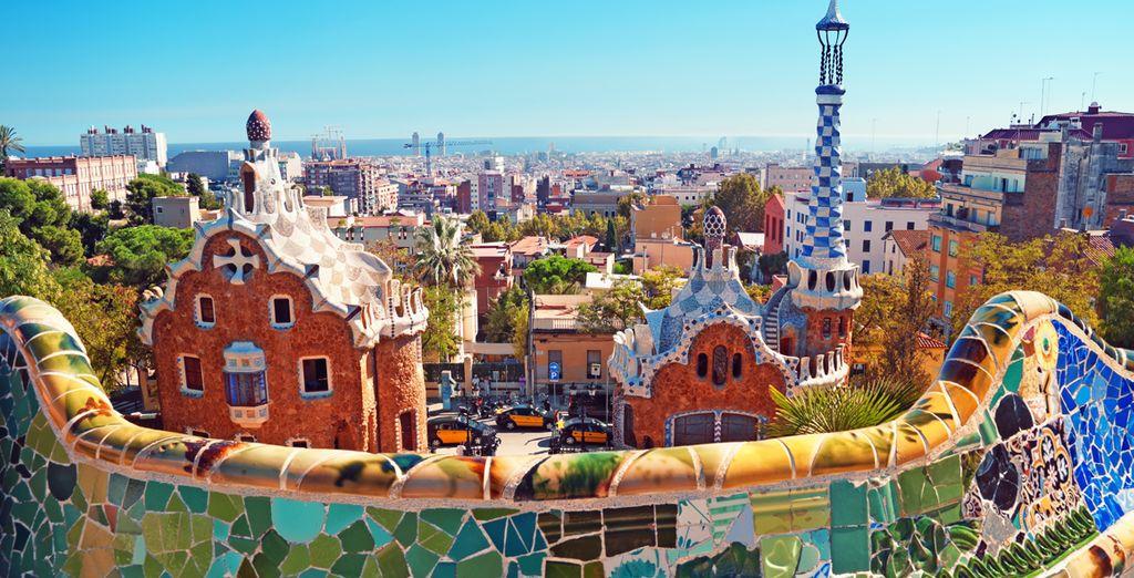 Fate un tuffo nella cultura, musica e divertimento di Barcellona