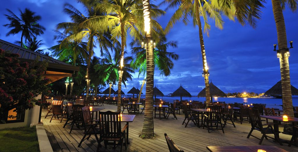Godetevi un drink al bar con un meraviglioso panorama