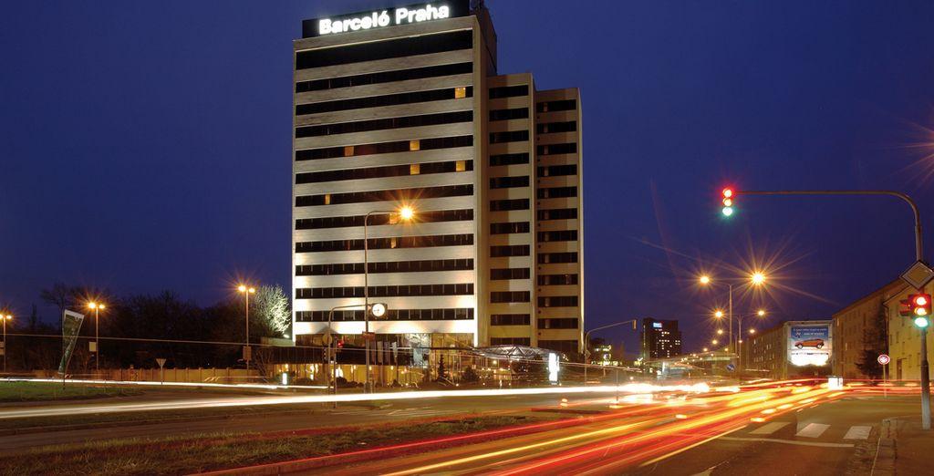 L'Hotel Barceló Praha, situato nel distretto degli affari, dista pochi minuti dal centro