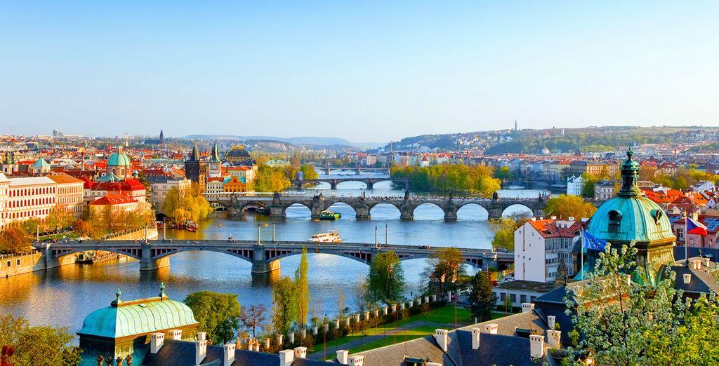 Partite alla scoperta di Praga, una città ricca di storia e di bellezze artistiche