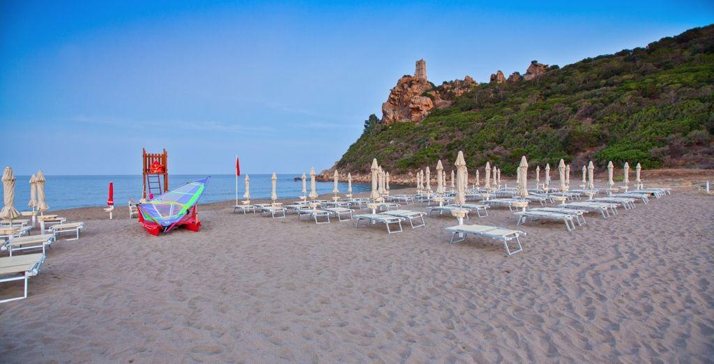 Fate un salto in spiaggia, il mare della Sardegna vi attende