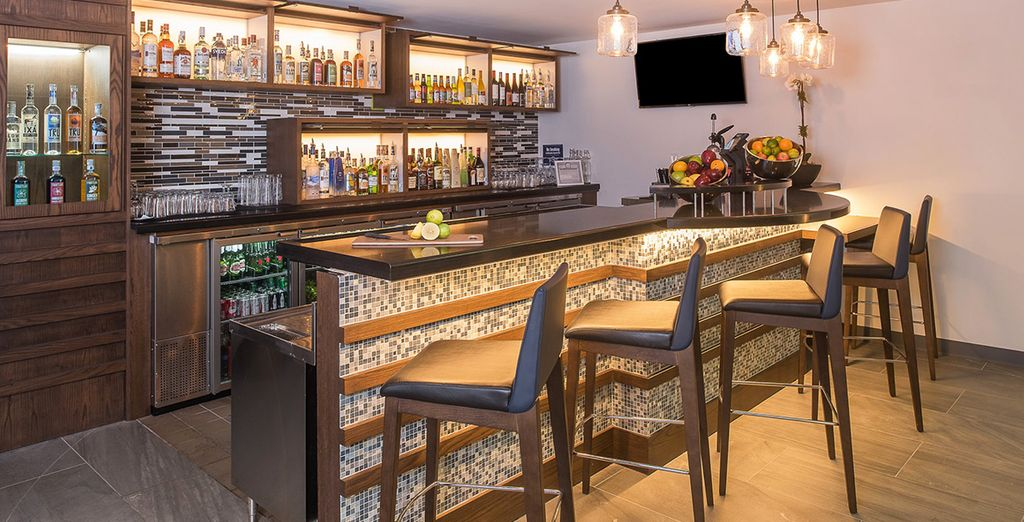 Il bar dell'hotel, il luogo ideale per sorseggiare un drink
