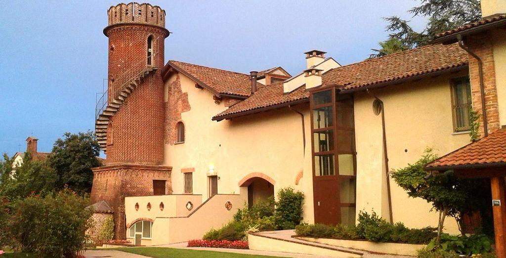 Il Borgo Ramezzana Country House 4* vi accoglie