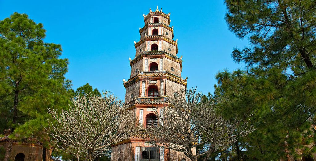 Dove visiterete la splendide Pagoda di Thien Mu