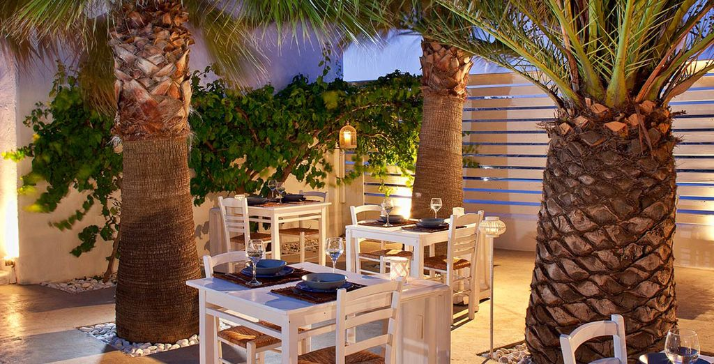 Al Pietra e Mare Beach Hotel sarà possibile gustare ottime cene