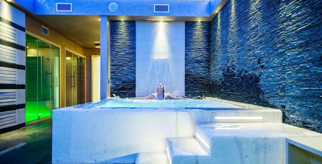Rilassatevi nel centro benessere, tra docce emozionali e massaggi rilassanti