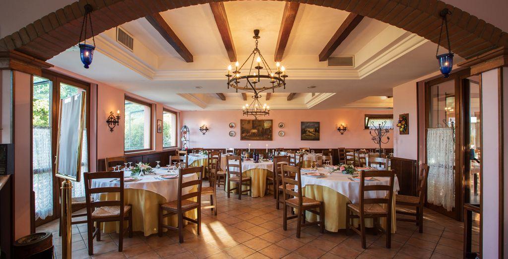 Gustate un'ottima cena al ristorante dell'hotel