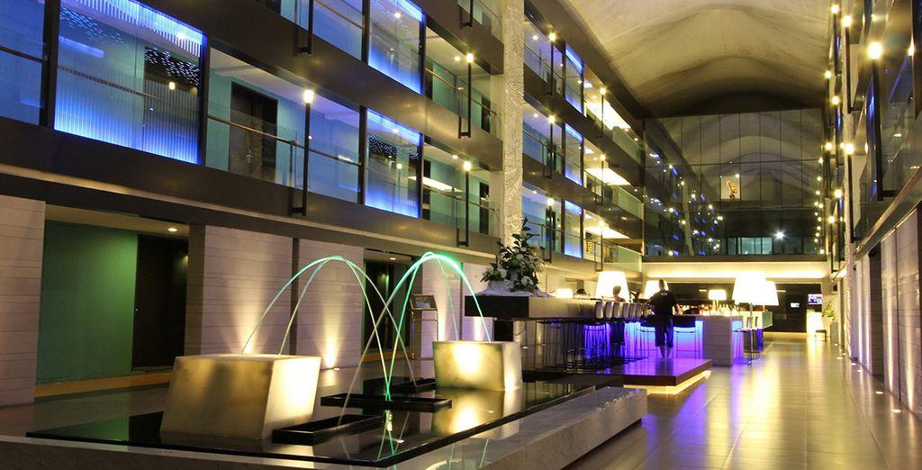 L'Amara Hotel è moderno, di design ed al centro della frenetica vitalità della città
