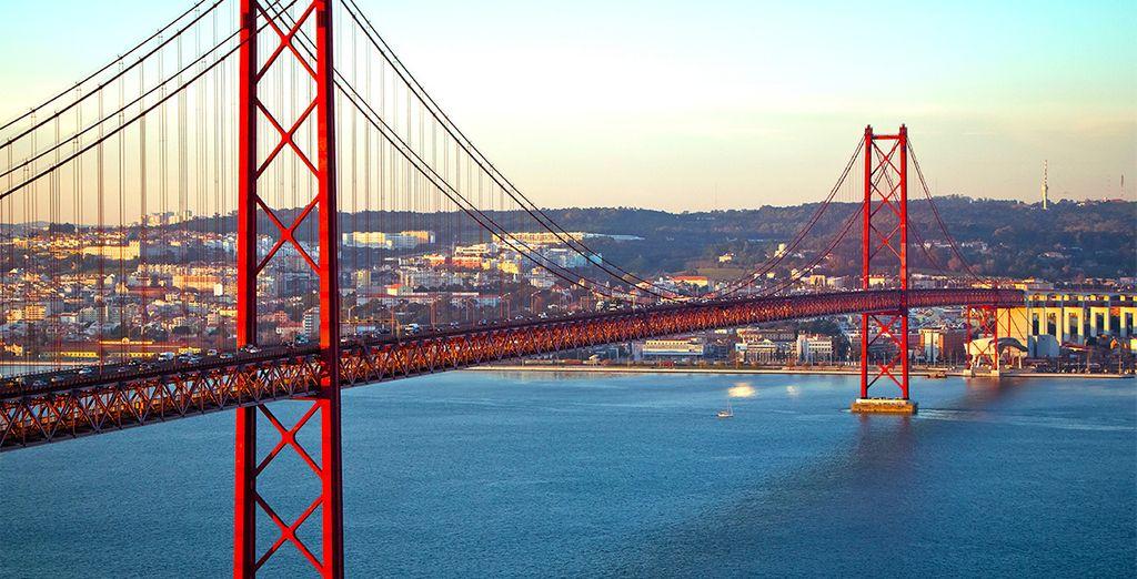 Scopritene le bellezze, come il famoso Ponte 25 de Abril