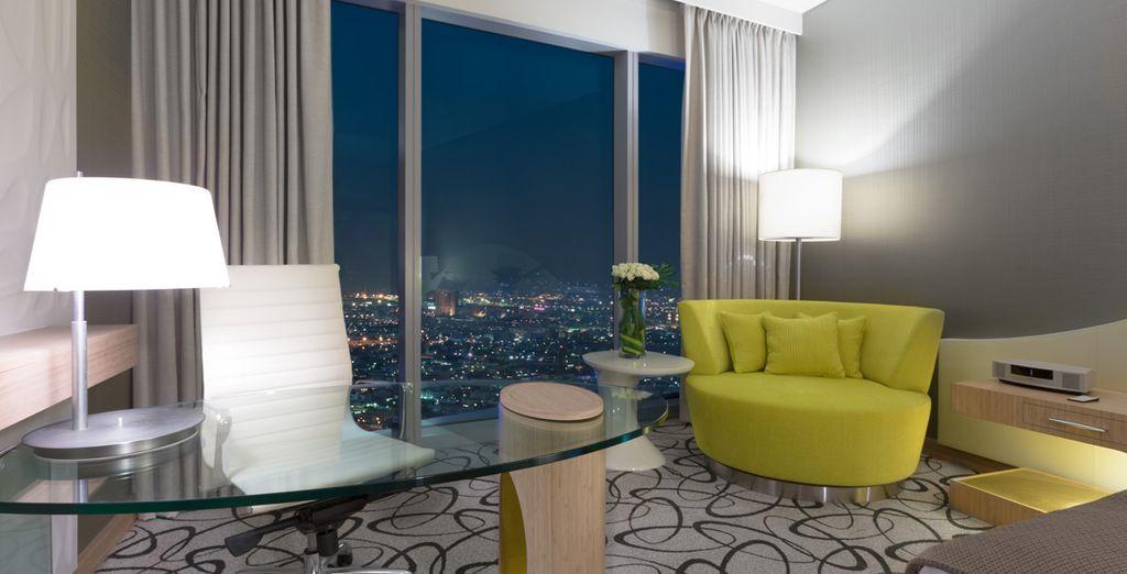 Ammirate Dubai e le sue luci